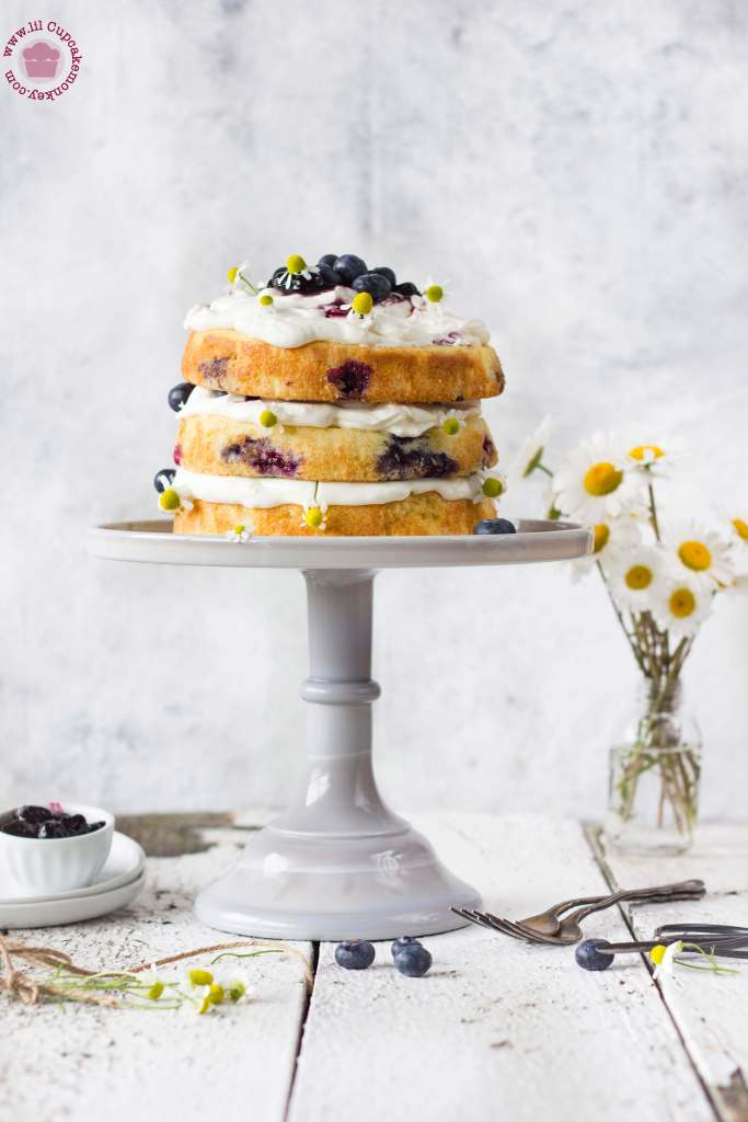 blueberry and chamomile cream cake | Lilcupcakemonkey.com