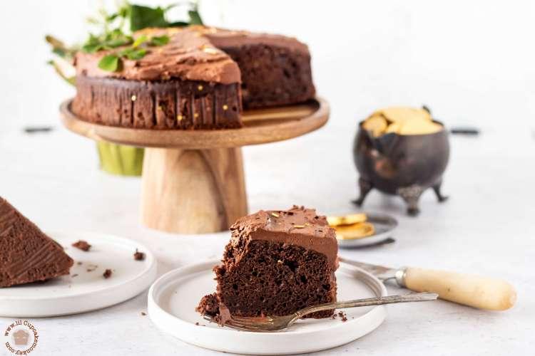 chocolate stout cake | lilcupcakemonkey.com