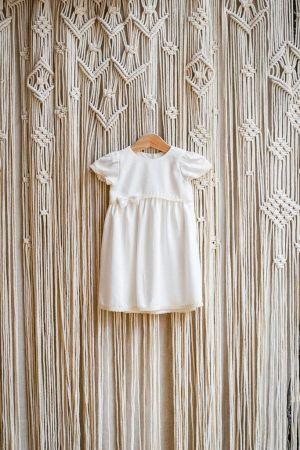 biala-klasyczna-sukienka-do-chrztu-dla-dziewczynki-szyta-recznie-polskiej-marki-bawelniana-lniana-lilen-boho-szydelkowe-zacisze