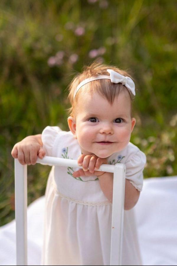 niepowtarzalna-nietuzinkowa-wyjatkowa-naturalna-sukienka-dla-dziewczynki-do-chrztu-na-roczek-wesele-slub-komunie-szyta-recznie-w-polsce-lilen