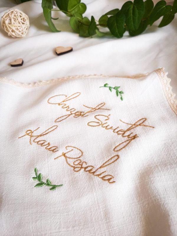 szatka-do-chrztu-handmade-personalizowana-haftowana-lilen-lilenstore