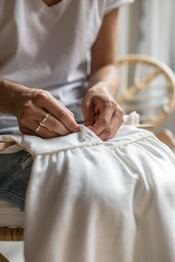 luksusowe-sukienki-na-chrzest-recznie-szyte-premium-lilen
