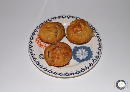 Minis cakes jambon cru, comté et olives