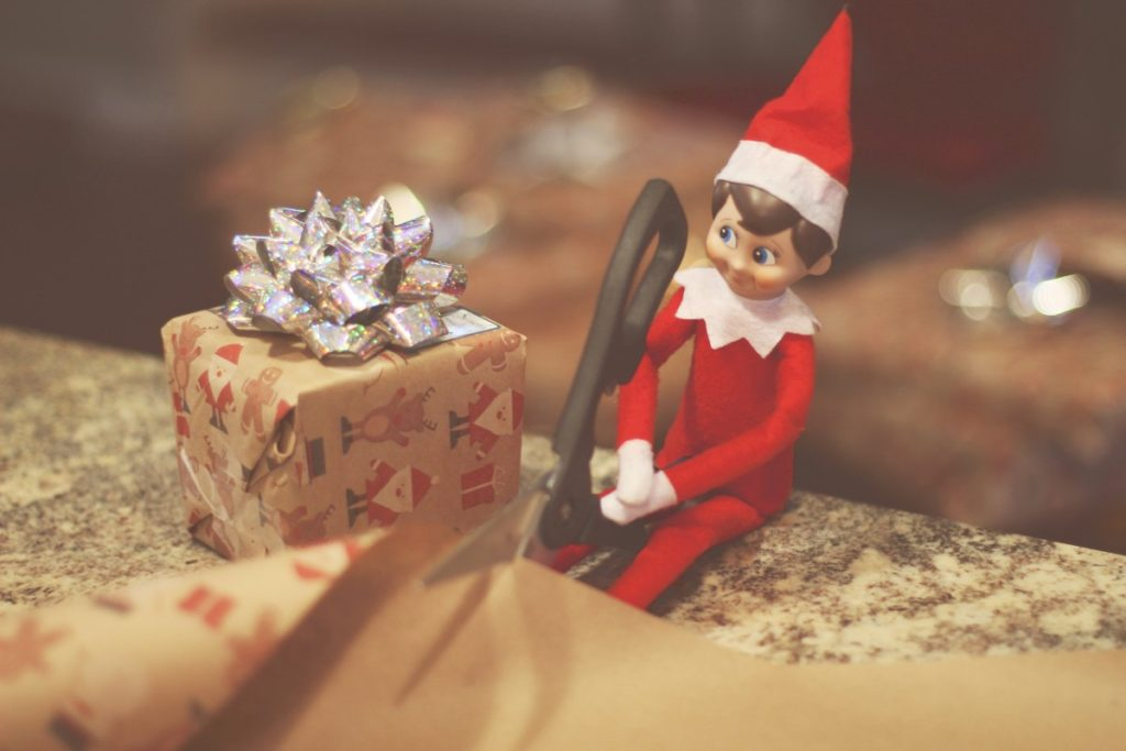 Elf on the Shelf: Wrapping Gifts