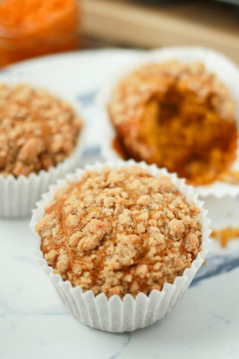 Pumpkin Muffins with a Crumb Topping | Lilies and Loafers
