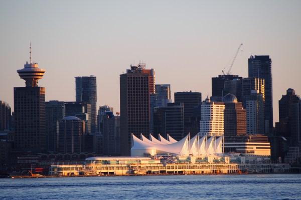 Vancouver : Canada Place et le Centre des congrès