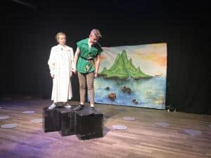 Peter Pan söker efter Sjöjungfrur