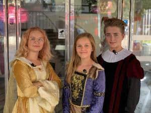 Gruppbild på Nora, Lilly och Rasmus