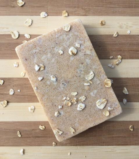 Soak N Suds Oatmeal Milk and Honey Soap
