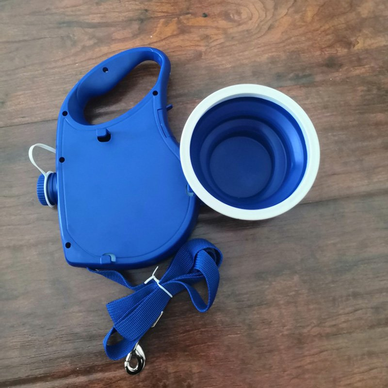 All-in-One Dog Leash with Built-in Water Bottle, Bowl & Poop Bag Holder –  Lilly & Max | Award Winning Products for Happy Dogs and Cats