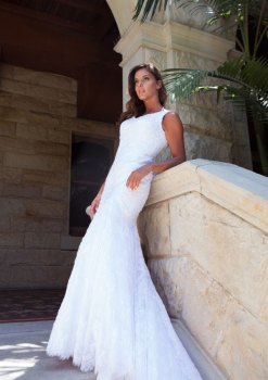 Savannah_4_By_Lilly_Bridal_Wedding_Dresses