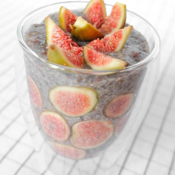 chia pudding in a glass with slices figs