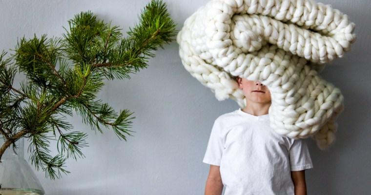 DIY Chunky Knit Throw Blanket