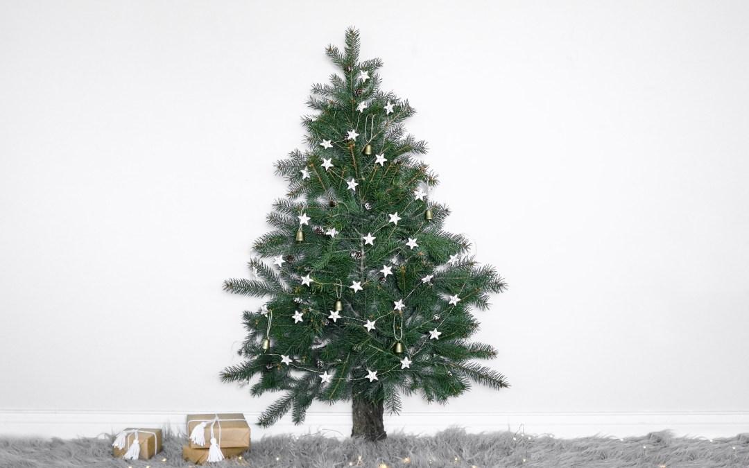 Space Saving Christmas Tree | Lily Ardor