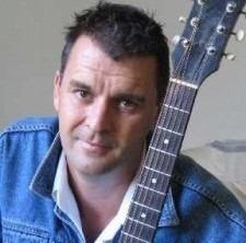 Sydney Wedding Singer Bernie