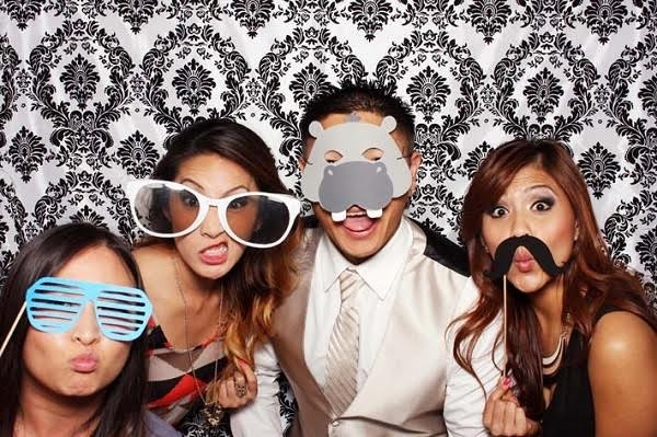 Planning a Sydney photo booth hire for your wedding? Here are a few photo booth companies to consider for your wedding entertainment.