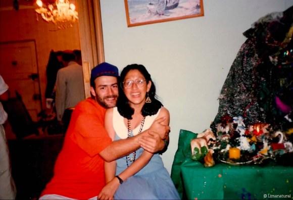 Avecita Chicchón con su esposo Richard Piland en la primera Navidad en Lima juntos, 1987.