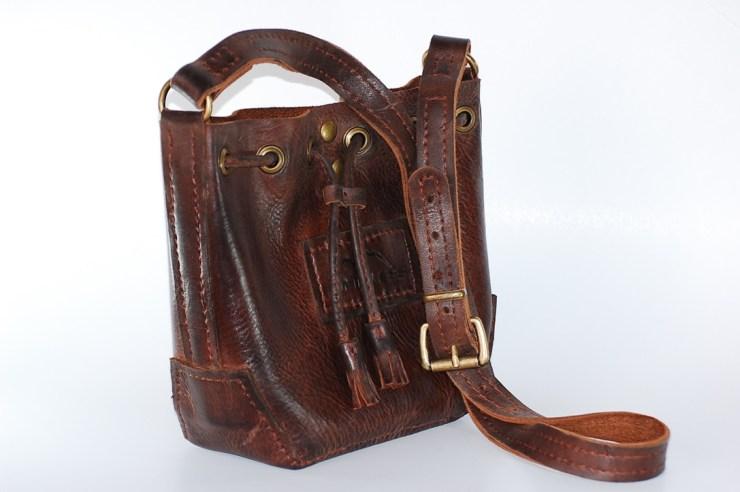 La Calidá Tassel Bag Image