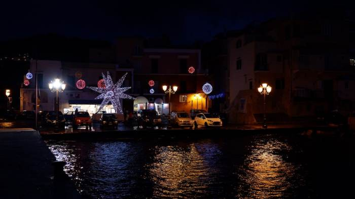 Christmas lights at Ischia Ponte