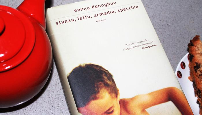 Stanza, letto, armadio, specchio - Room di Emma Donoghue
