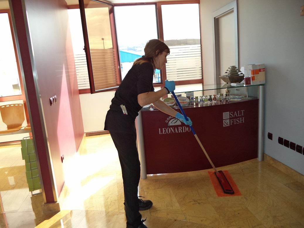 Limpieza oficinas y centros públicos