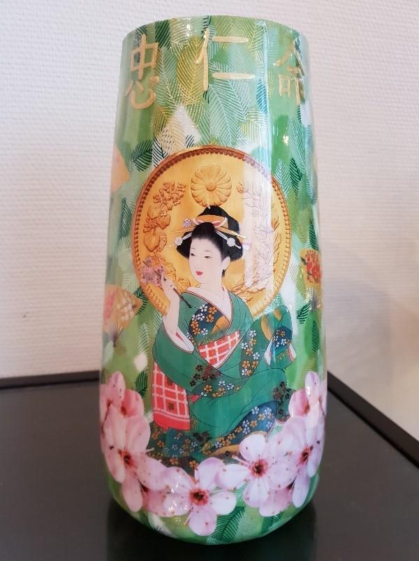 Découpage sur vase - motifs japonais - recto
