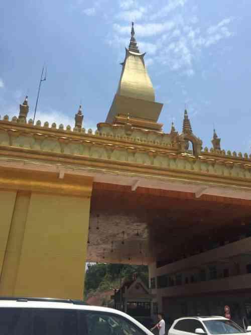 China - Laos Border Crossing | Linda Goes Eeast
