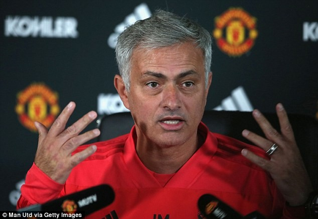 Jose Mourinho slams football pundits, says they are 'compulsive liars' who are 'obsessed' with him.