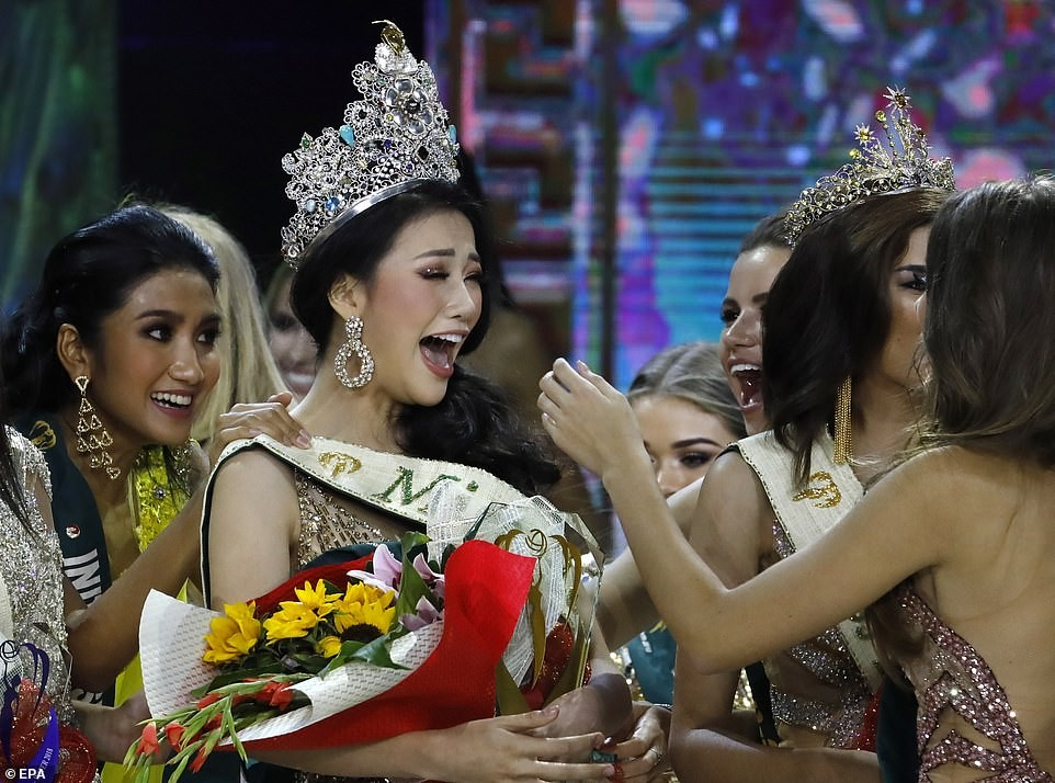 Meet this year's Miss Earth, a 23-year-old Marketing student from Vietnam (Photos)