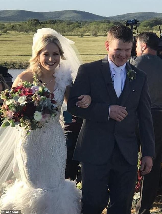 Texas newlywed couple killed in helicopter crash less than 2 hours aftergetting married(Photos/Video)