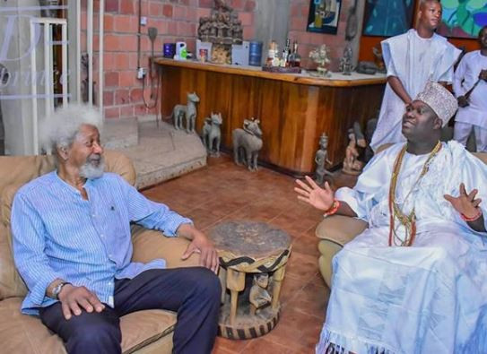 Photos: Ooni of Ife visits Wole Soyinka, issue joint communique saying, 'Nigeria can't survive another civil war'