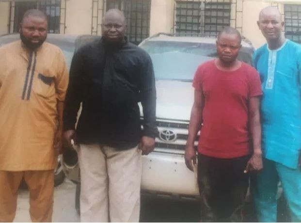 FSARS operatives arrest a fleeing pastor for stealing SUVfrom a car dealer in Lagos