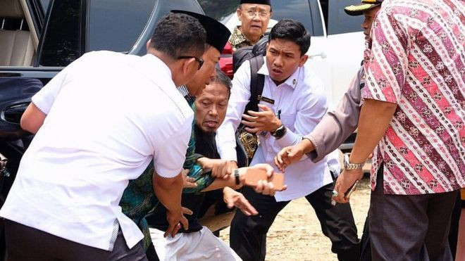 Indonesia security minister stabbed by 'IS radical' lindaikejisblog