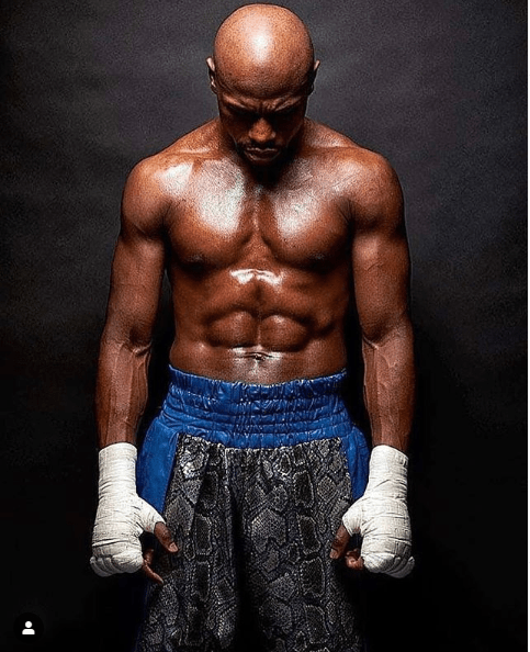 Floyd Mayweather Jr. announces he's 'Coming out of Retirement in 2020'