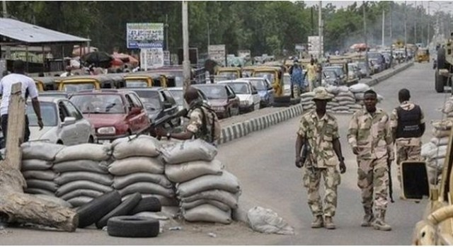 Soldiers shut Imo market ask traders to stay away until Biafra is achieved
