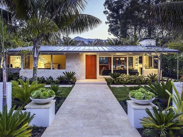 Ellen DeGeneres buys Beverly Hills home for $8.5 million 1