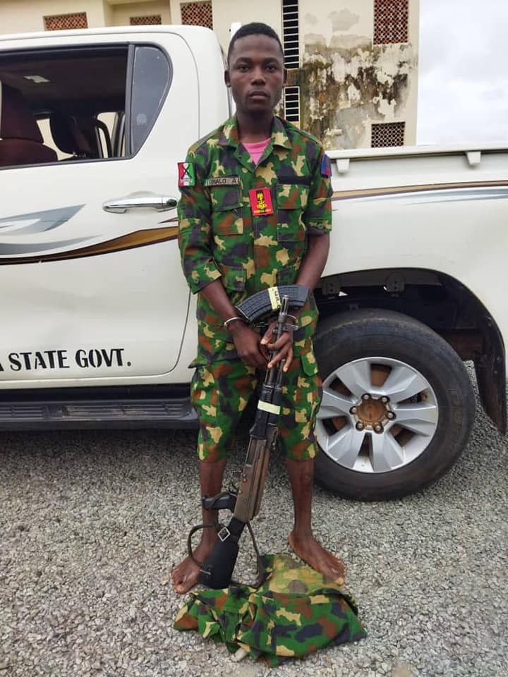 Police arrest fake military officer with AK-49 rifle in Nasarawa