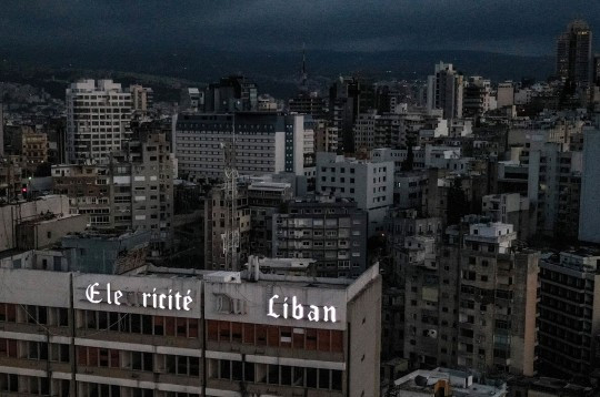 Lebanon plunged into darkness after country ran out of fuel 2