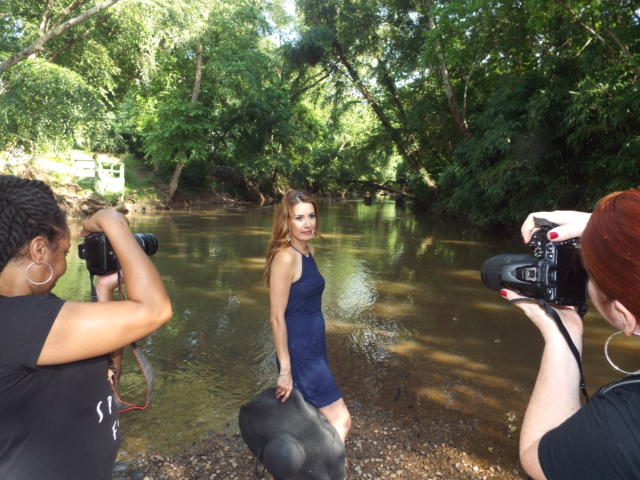 behind_the_scenes_with_lucy_brummett_photo_shoot-13