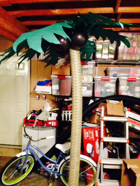 Palm Tree garage 1