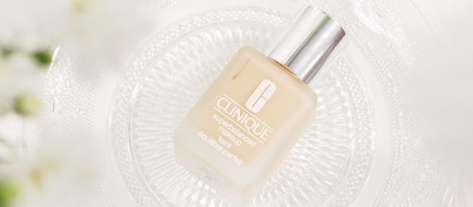 Beginnen met opmaken make-up beauty geheim basis basics begin bij een goede basis Clinique superbalanced make-up 03 ivory foundation