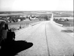 1947, 8 mars, utsikt från Hallandsåsen ner mot Östra Karup