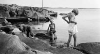 1926, fotografens barn på Kalven, sydvästa udden på Särö
