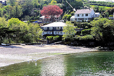 Sea view cottage from Lindford House