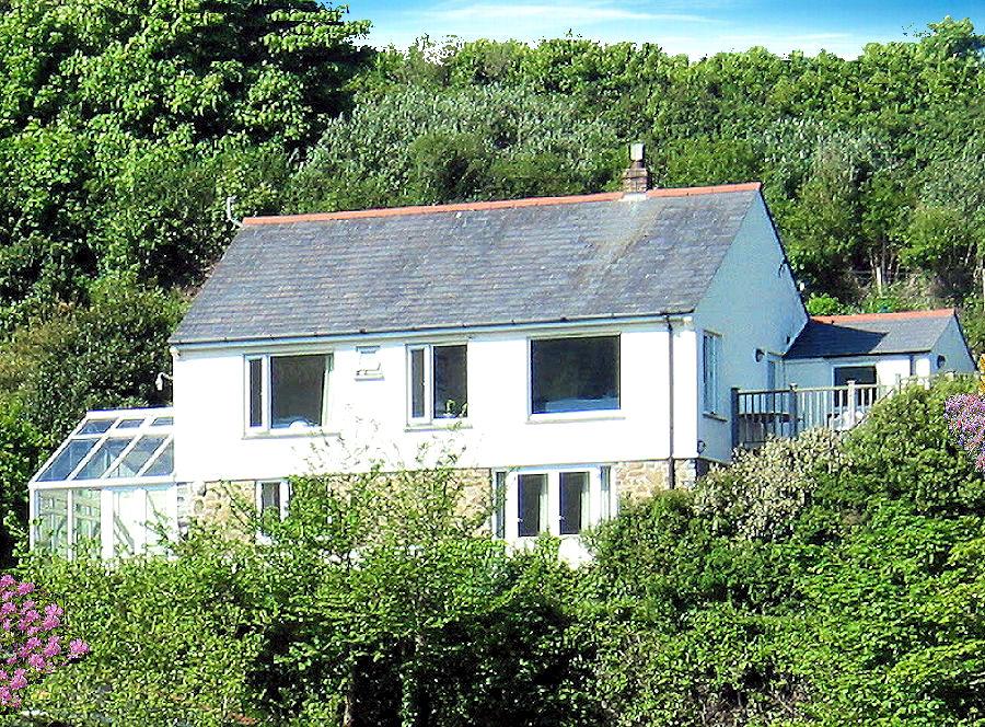 Chy Mor Gillan Cottage Cornwall