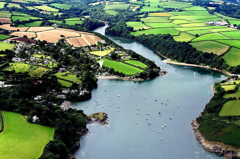 Aerial view Gillan Creek - Self Catering Cornwall