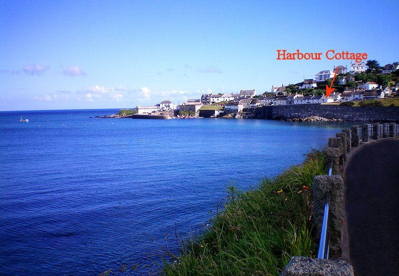 Harbour Cottage Coverack Cornwall - from the beach road