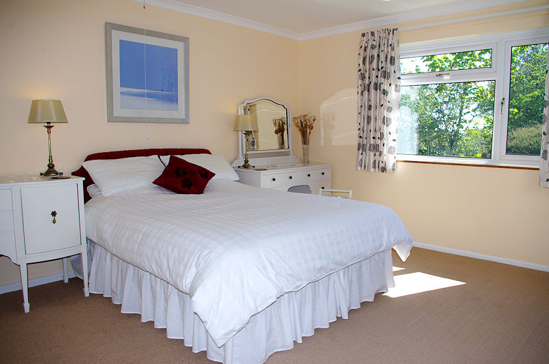 Meadow Barn Cottage Coverack Cornwall - Bedrooms