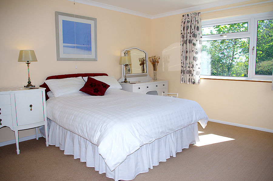 Self Catering Cornwall - luxury bedroom - Lindford House