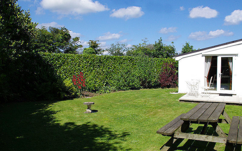 Old Forge Cottage - Garden - Self Catering Cornwall